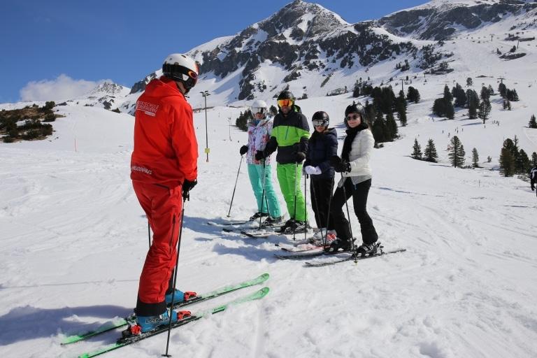 Skischule Obertauern Frau Holle Skilehrer