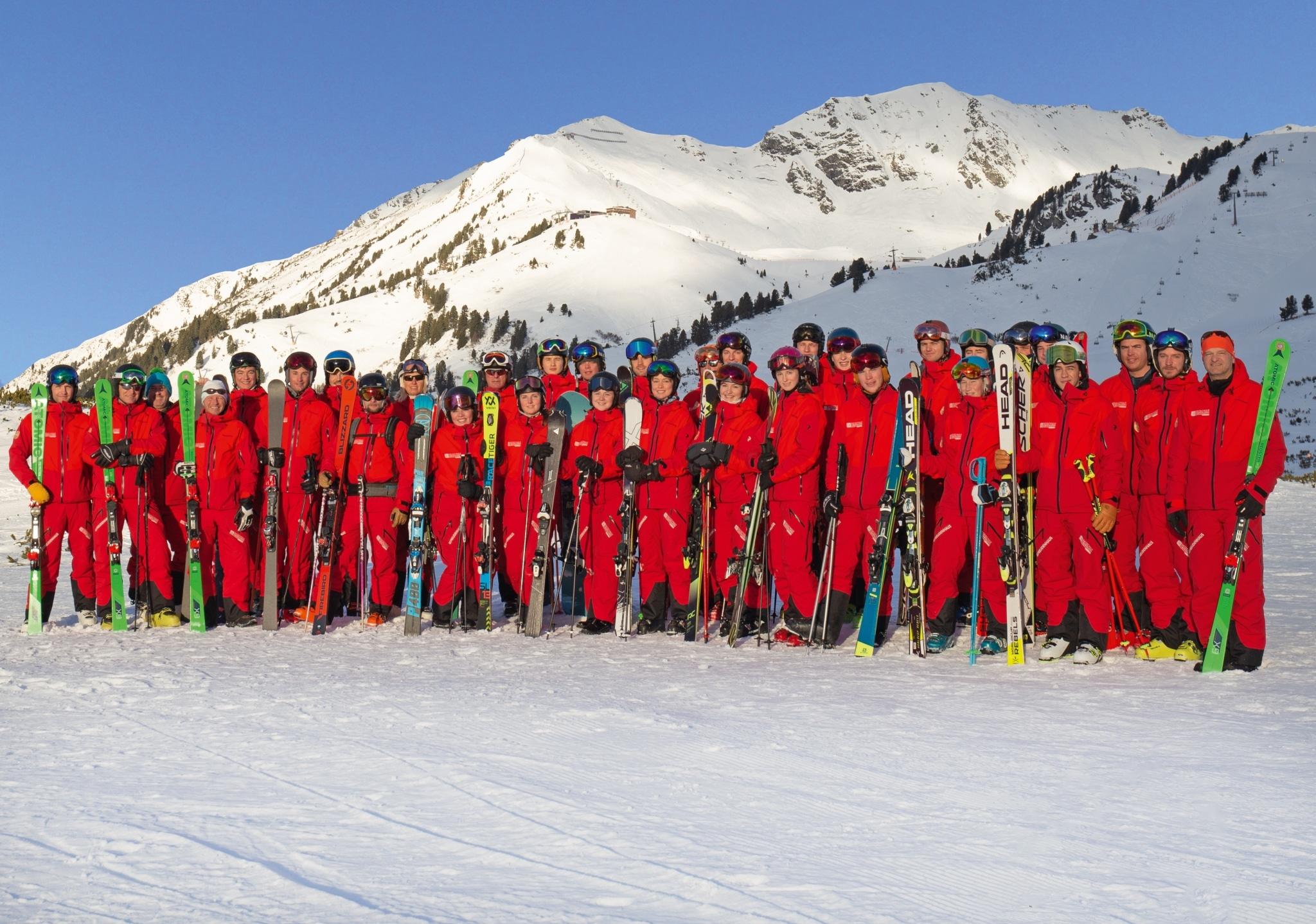 Skilehrer Skischule Obertauern Frau Holle